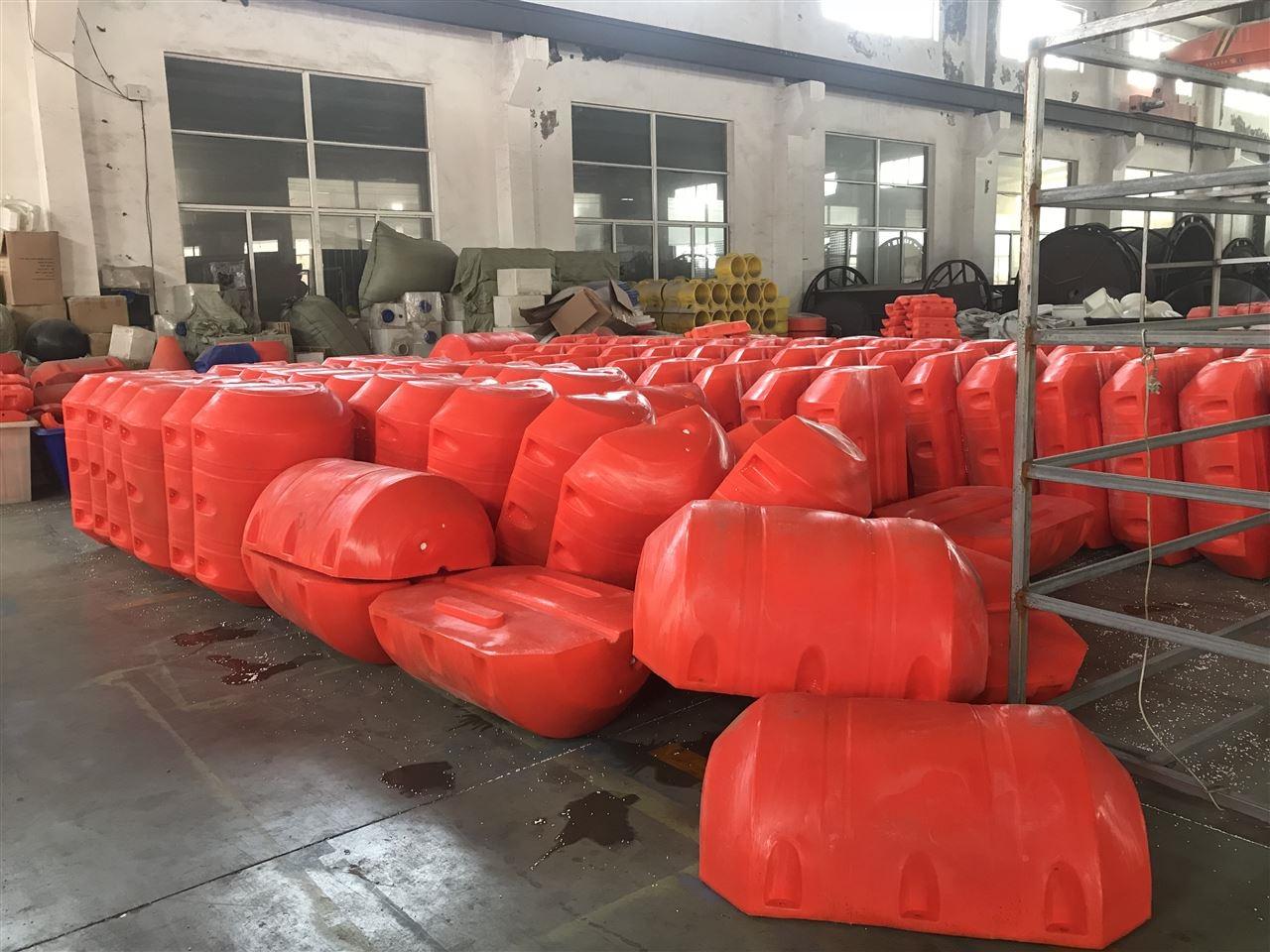 警示拦截浮体悬浮式拦污排装置